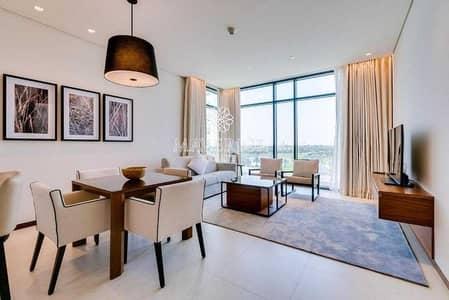 شقة 2 غرفة نوم للايجار في التلال، دبي - Luxury Furnished 2BR | Chiller Free | Golf View