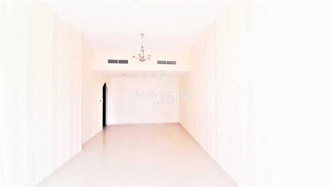 2 Iconic View | Huge 2BHK+Maids/R | AC+Parking Free