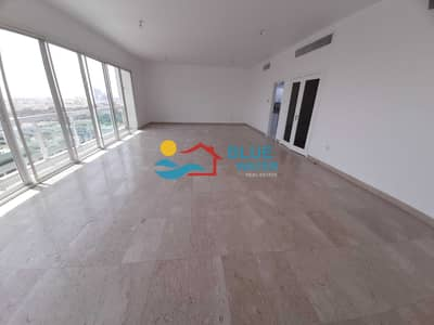 فلیٹ 4 غرف نوم للايجار في الخالدية، أبوظبي - 4 BHK With Maid and Balcony in Khalidiya.