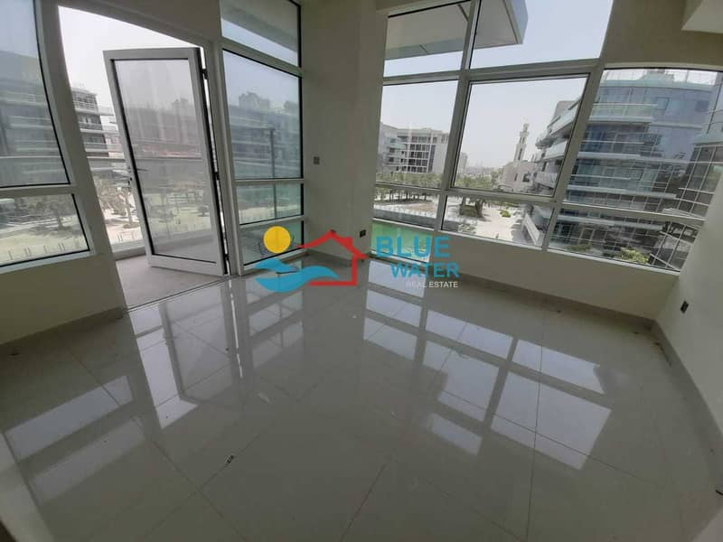 Deal of the Day   Sea View   3 Br Duplex with All facilities and 2 parkings