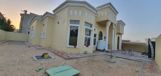 4 Bedroom Villa for Sale in Hoshi, Sharjah - Spacious single story 4br+maids villa for sale 10000sqft, price 2.5million