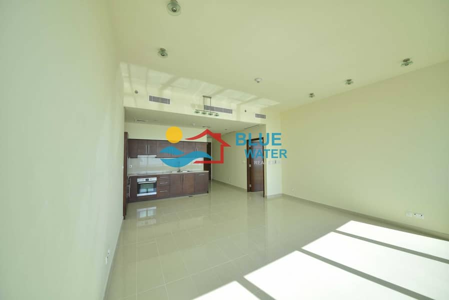 2 No Commission ! State Of Art 1 BR With  Facilities.