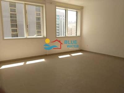 شقة 1 غرفة نوم للايجار في منطقة النادي السياحي، أبوظبي - Spacious 1 Bedroom + Large Living room with easy parking