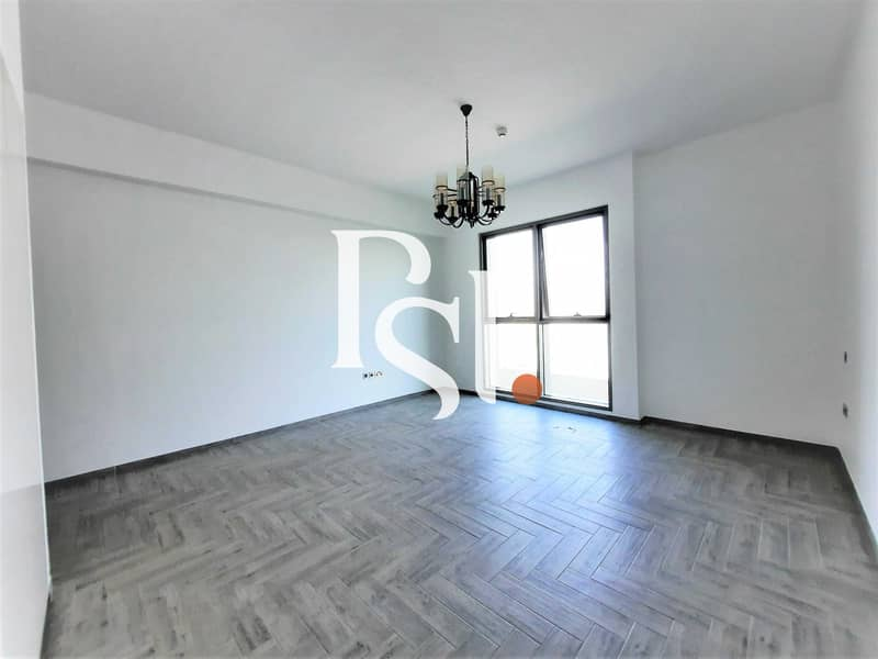 2 Brand New Studio / Equipped kitchen/ Middle Floor/