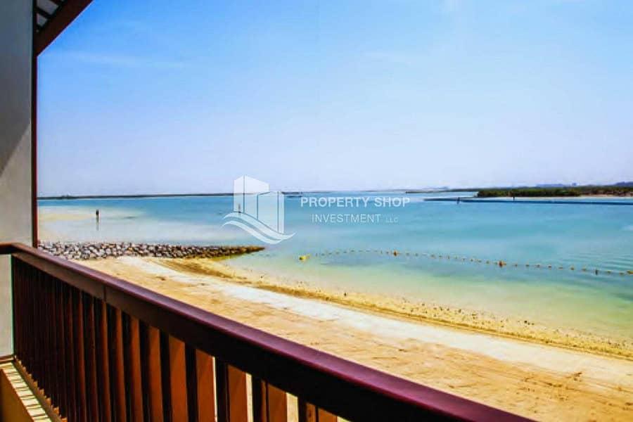 2 5BR Villa with Beach Access