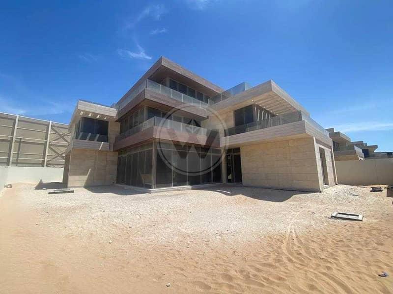 2 Last Remaining Luxury Villa Metres from the Beach!