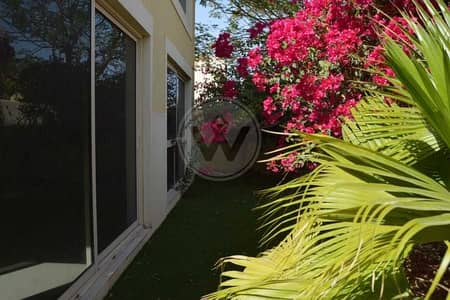 فیلا 5 غرف نوم للبيع في حدائق الراحة، أبوظبي - 5 bedroom with pool and privacy | Ready to move in