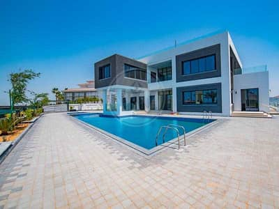 5 Bedroom Villa for Sale in Saadiyat Island, Abu Dhabi - Luxury architect designed golf villa - Exclusive!