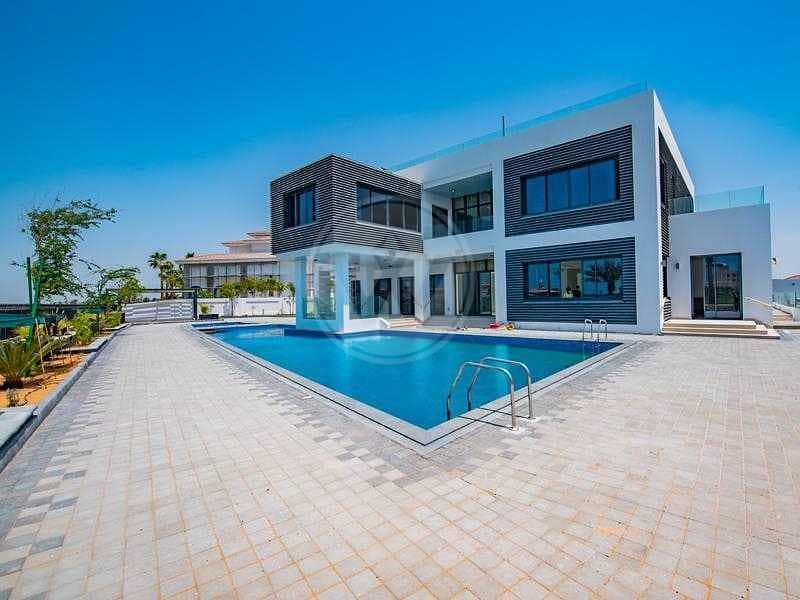 Luxury architect designed golf villa - Exclusive!