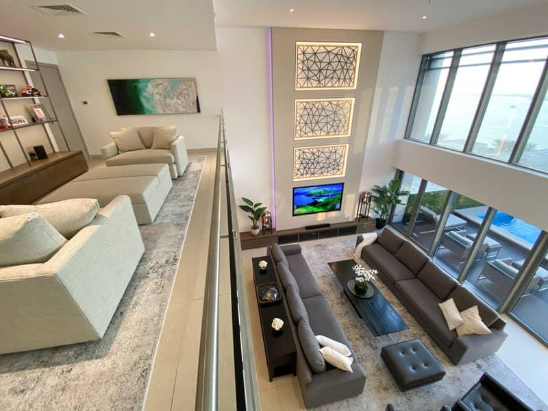 2 Beautifully remodeled podium villa + private pool