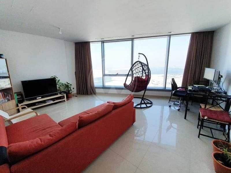 2 High floor unit   Vast views   Well maintained