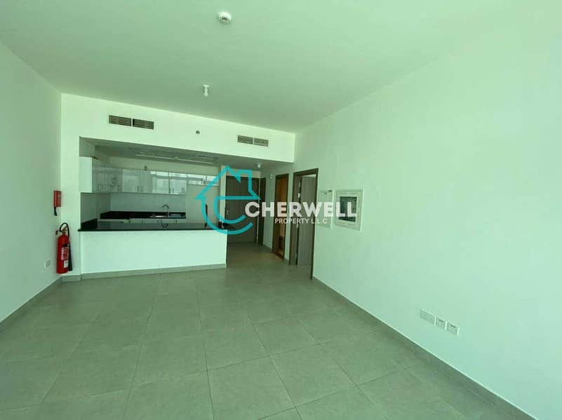 Hot Deal | Luxurious Apartment With Balcony | 2 Payments