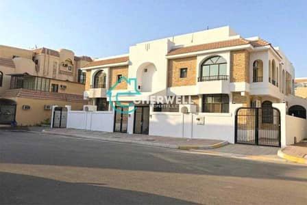3 Bedroom Villa for Sale in Al Mushrif, Abu Dhabi - Luxurious And Well Maintained Villa    Vacant
