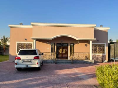 3 Bedroom Villa for Rent in Al Khawaneej, Dubai - Fully Furnished 3 B/R Villa with Big Majlis   Laundry