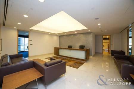 مکتب  للايجار في أبراج بحيرات الجميرا، دبي - Half Floor | Near To Metro | Luxury Fitted