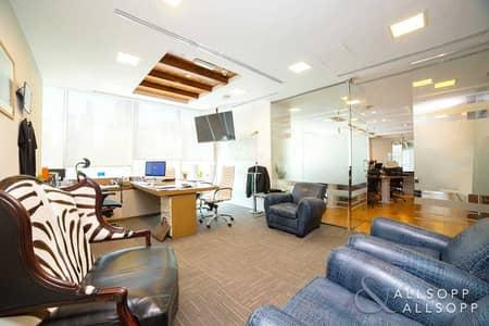 مکتب  للبيع في أبراج بحيرات الجميرا، دبي - Luxury Furnished | Investor Deal | Near Metro