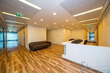 مکتب  للايجار في أبراج بحيرات الجميرا، دبي - Exclusive Floor | Close To Metro | Luxury