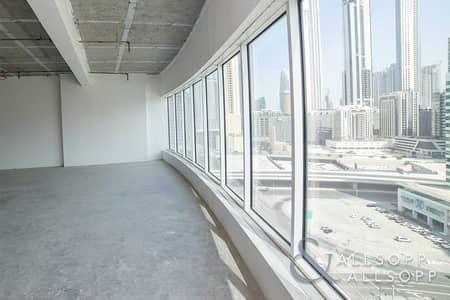 مکتب  للبيع في الخليج التجاري، دبي - Shell and Core   Corner Unit   Canal View