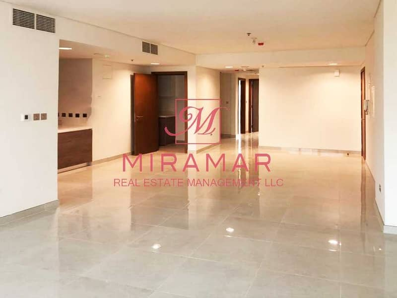 2 NO COMMISSION | FULL SEA VIEW | LARGE UNIT | NO 2% ADM TRANSFER FEES
