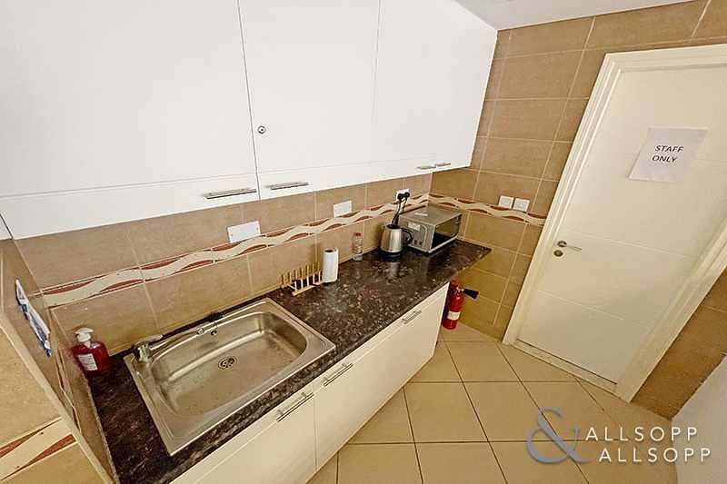 11 Fully Fitted | Partitioned | High Floor Unit