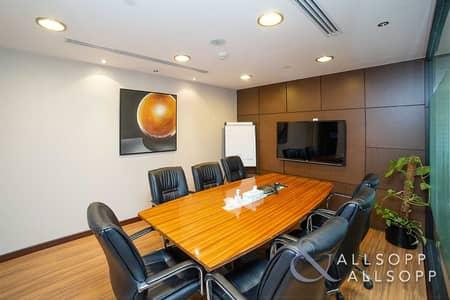 مکتب  للبيع في أبراج بحيرات الجميرا، دبي - Luxury Fitted   Workstations   Partitioned