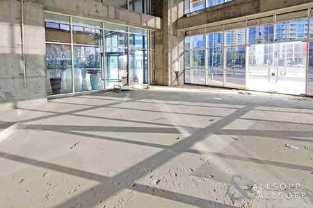 محل تجاري  للايجار في الخليج التجاري، دبي - Shell & Core | Road Facing | Ground Floor