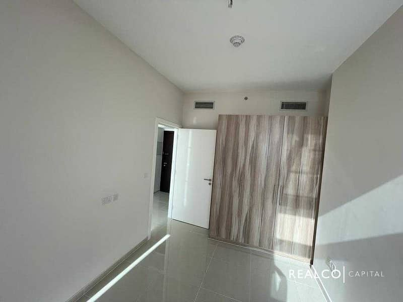 2 Beautiful  2 BKH Apartment Vacant