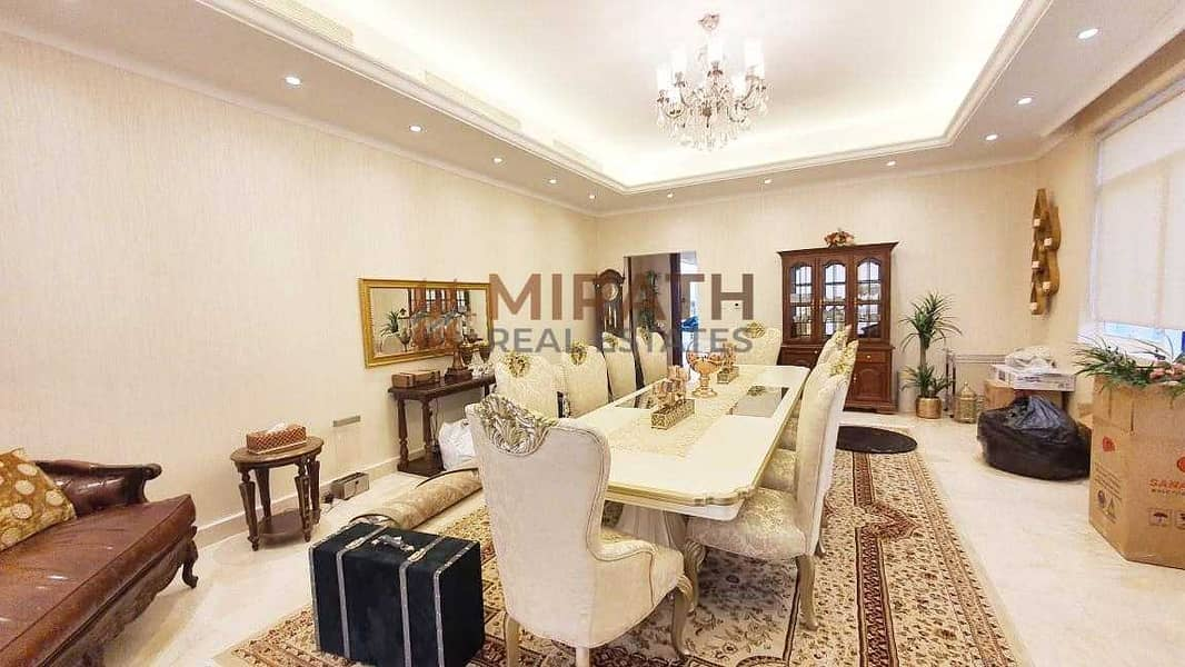 14 Gorgeous 6BR Villa with Private Garden
