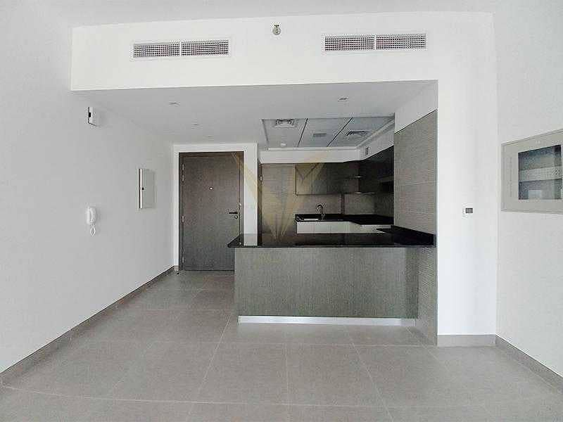 2 Vacant 2BR   Good Location   Best Layout
