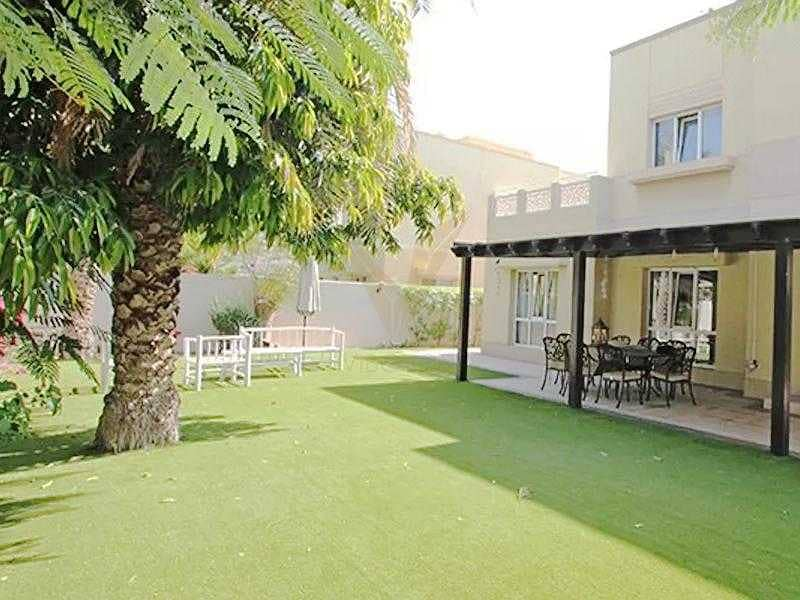 Meadows 8   4 Bedrooms   Direct access to Pool & Park
