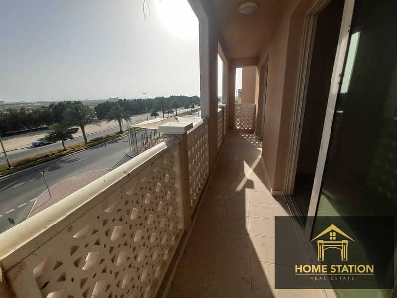 19 SPACIOUS 2BR   HUGE BALCONY   COMMUNITY VIEW   