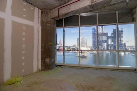 مکتب  للبيع في الخليج التجاري، دبي - Full Canal view   Shell & Core Office  