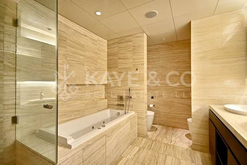10 Famous Type F | Fountain View | No Columns | 2BR
