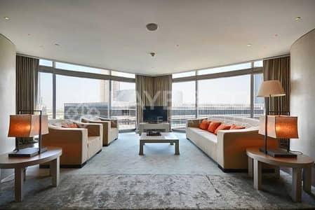 شقة 2 غرفة نوم للبيع في وسط مدينة دبي، دبي - Armani|Chic 2BR Corner Unit|Jacuzzi with a View