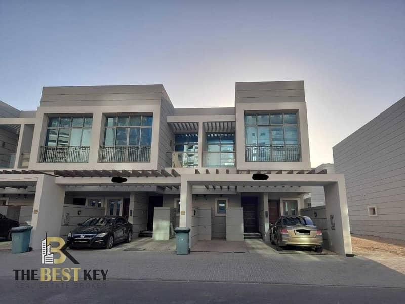 Ready Villa | Close To Metro | Private Kitchen