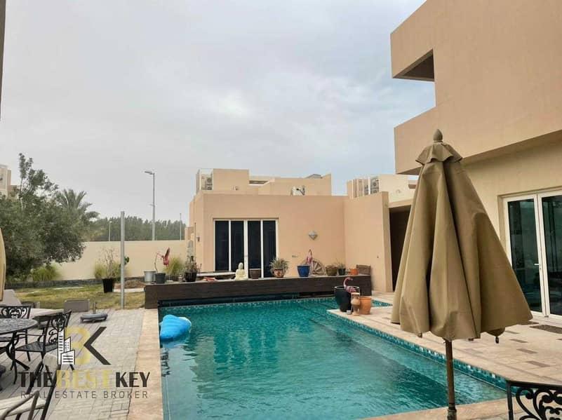 Best Deal | Spacious 5 Bedroom Villa | Pool View