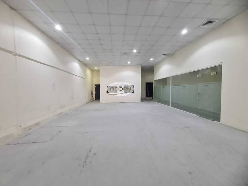 2 Air conditioned warehouse for rent 10600 square feet in Al Quoz 3