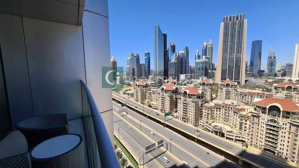 10 Middle Floor | Furnished | 1 Bed | Luxury