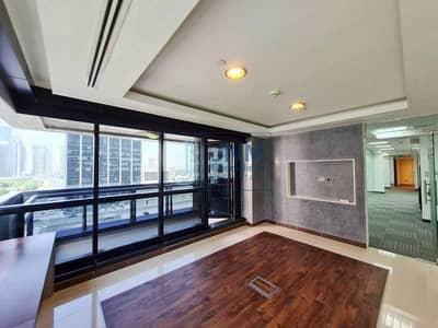 مکتب  للايجار في أبراج بحيرات الجميرا، دبي - Exclusive! 6 Partition Rooms+ Storage+ Server Room