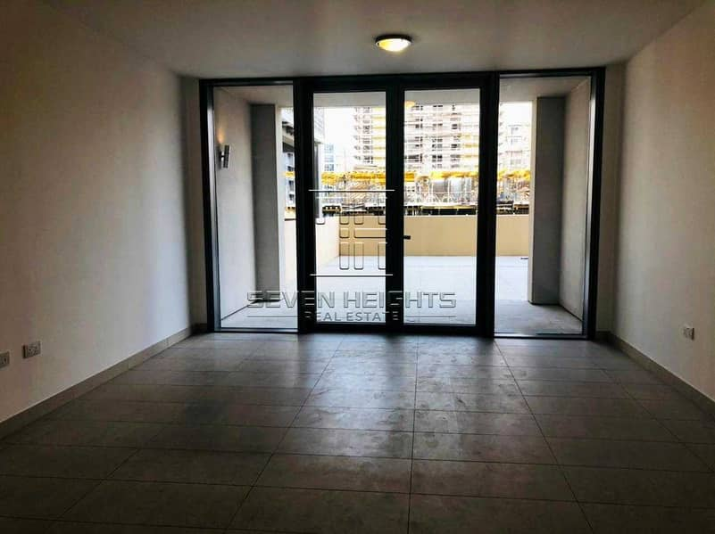 2 Amazing 2BR | Laundry Room | Large terrace With City View.