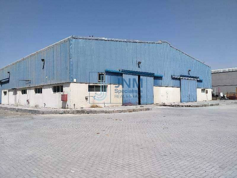 warehouse with commercial Land for Rent in al quoz