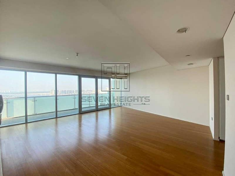3 Payment  Fabulous 3BR+Maid  Big Balcony With Full Sea View .