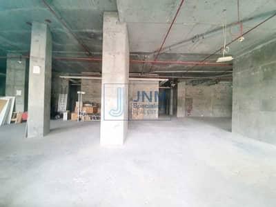 محل تجاري  للبيع في أبراج بحيرات الجميرا، دبي - Shell and Core Retail Shop  Cluster R   Lake Level