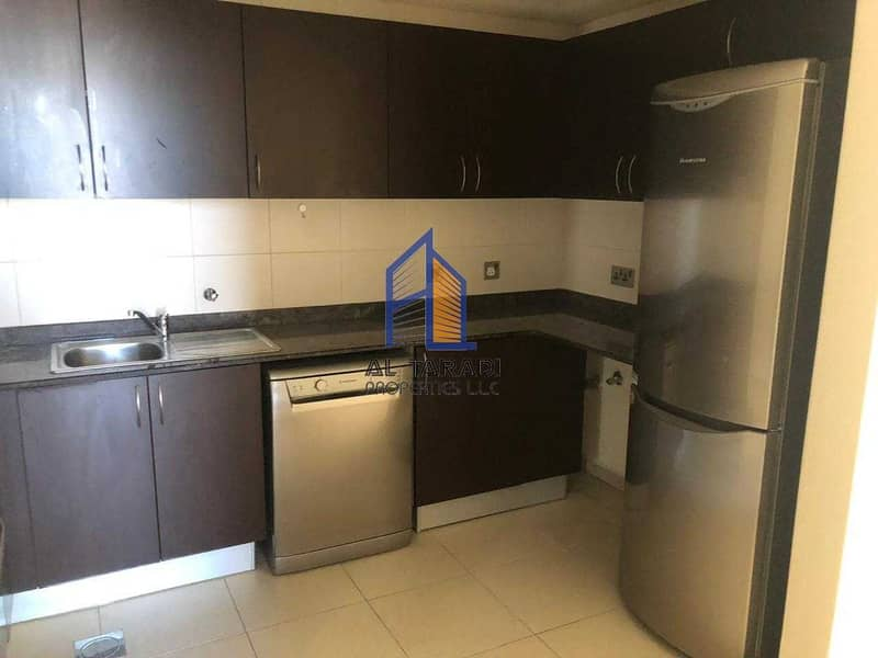 13 Ready To Move in / With Kitchen Appliances/Cal View /Sea view