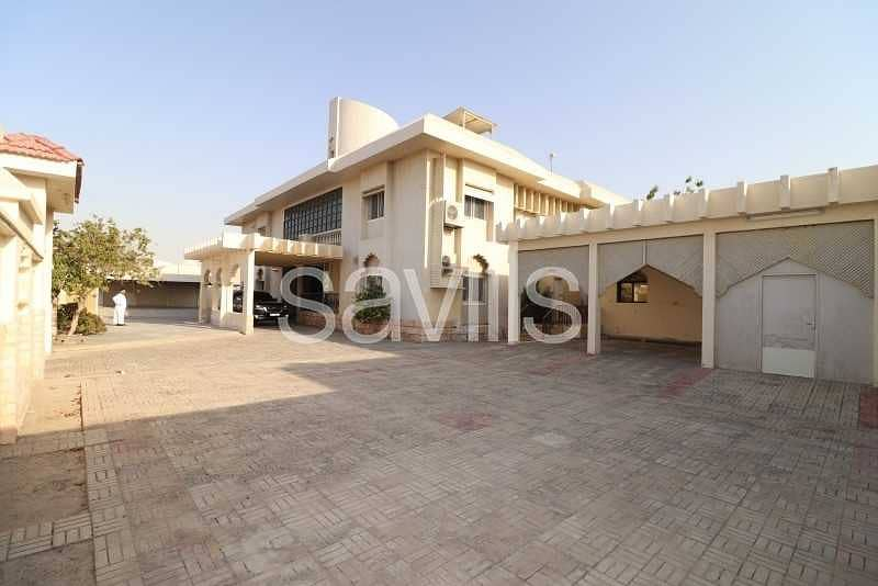 Spacious Villa in Al Tarfa on a Big Plot