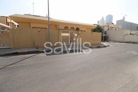 فیلا 4 غرف نوم للبيع في ضاحية الخالدية، الشارقة - Corner villa with two covered parking