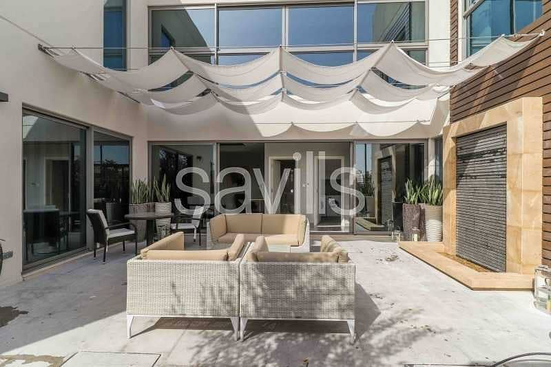 2 Luxurious 3BR Courtyard Villa in Al Zahia
