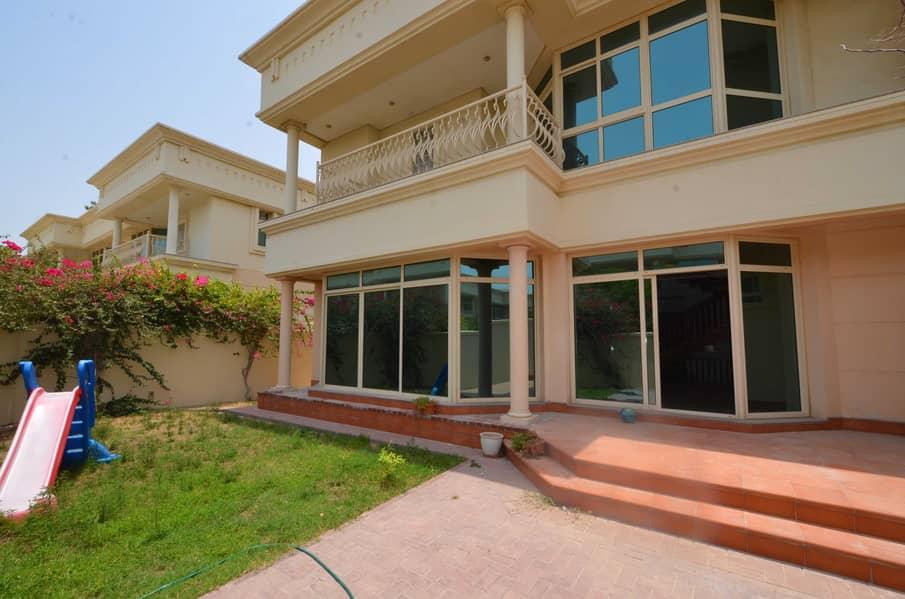 2 Fabulous family compound villa shared Pool