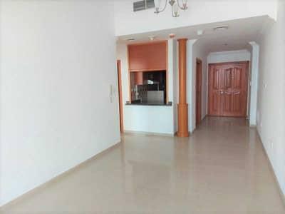 2 Bedroom Flat for Rent in Dubai Marina, Dubai - Bright 2br + Balcony | Amazing View | Chiller Free
