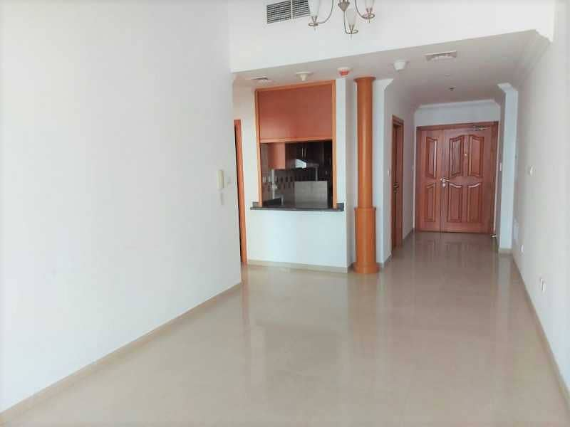 Bright 2br + Balcony   Amazing View   Chiller Free
